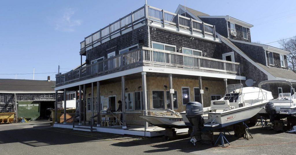 Crosby Yacht Chart Room